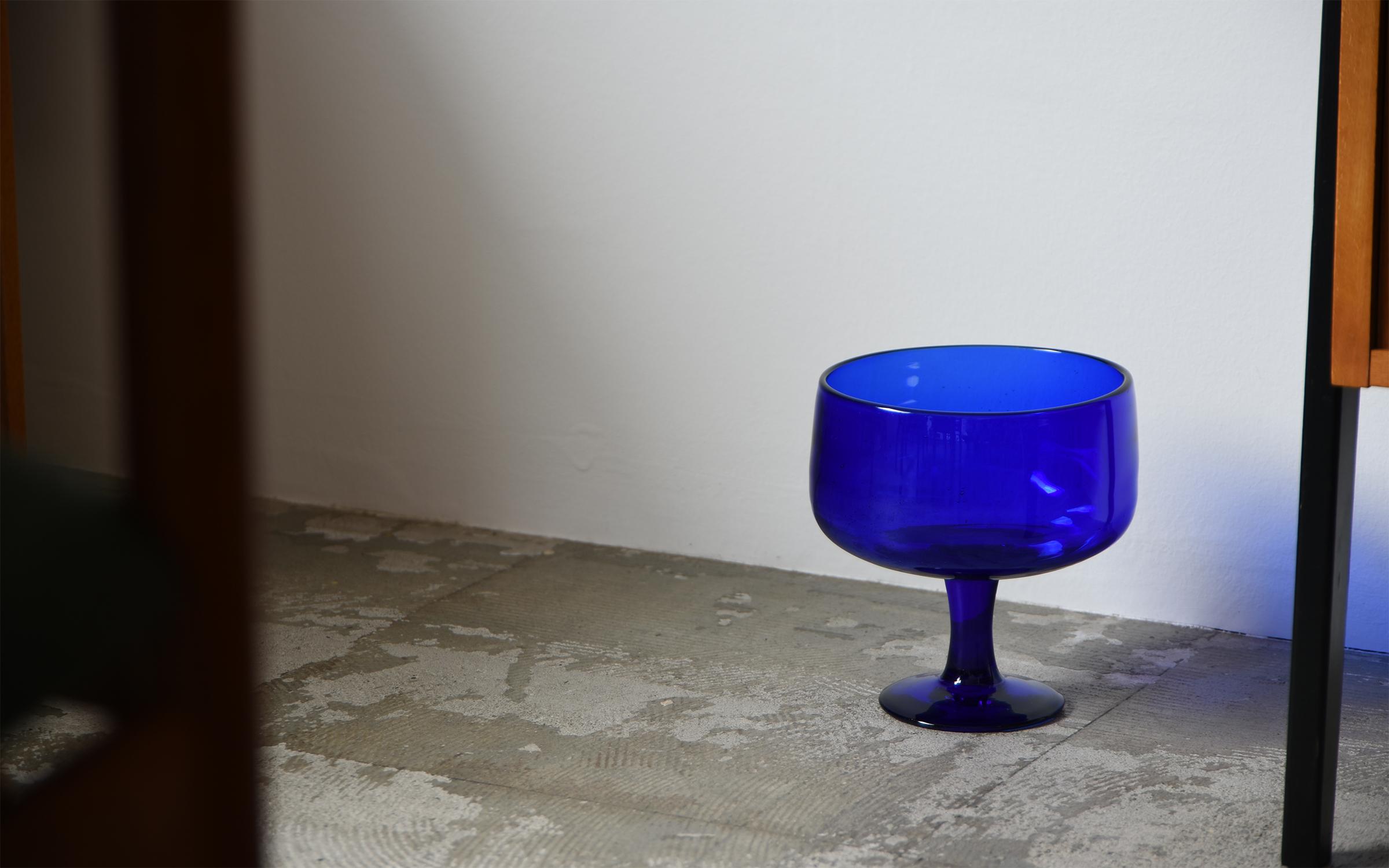 ihållande イホランデ ihallande Erik Hoglundの花瓶