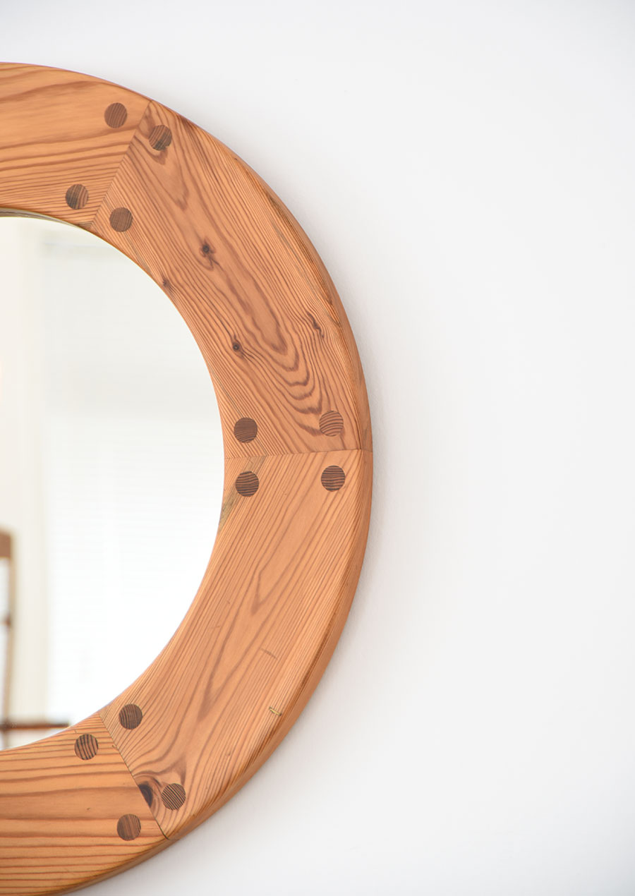 スウェーデン製 パイン材のヴィンテージミラー 丸鏡
