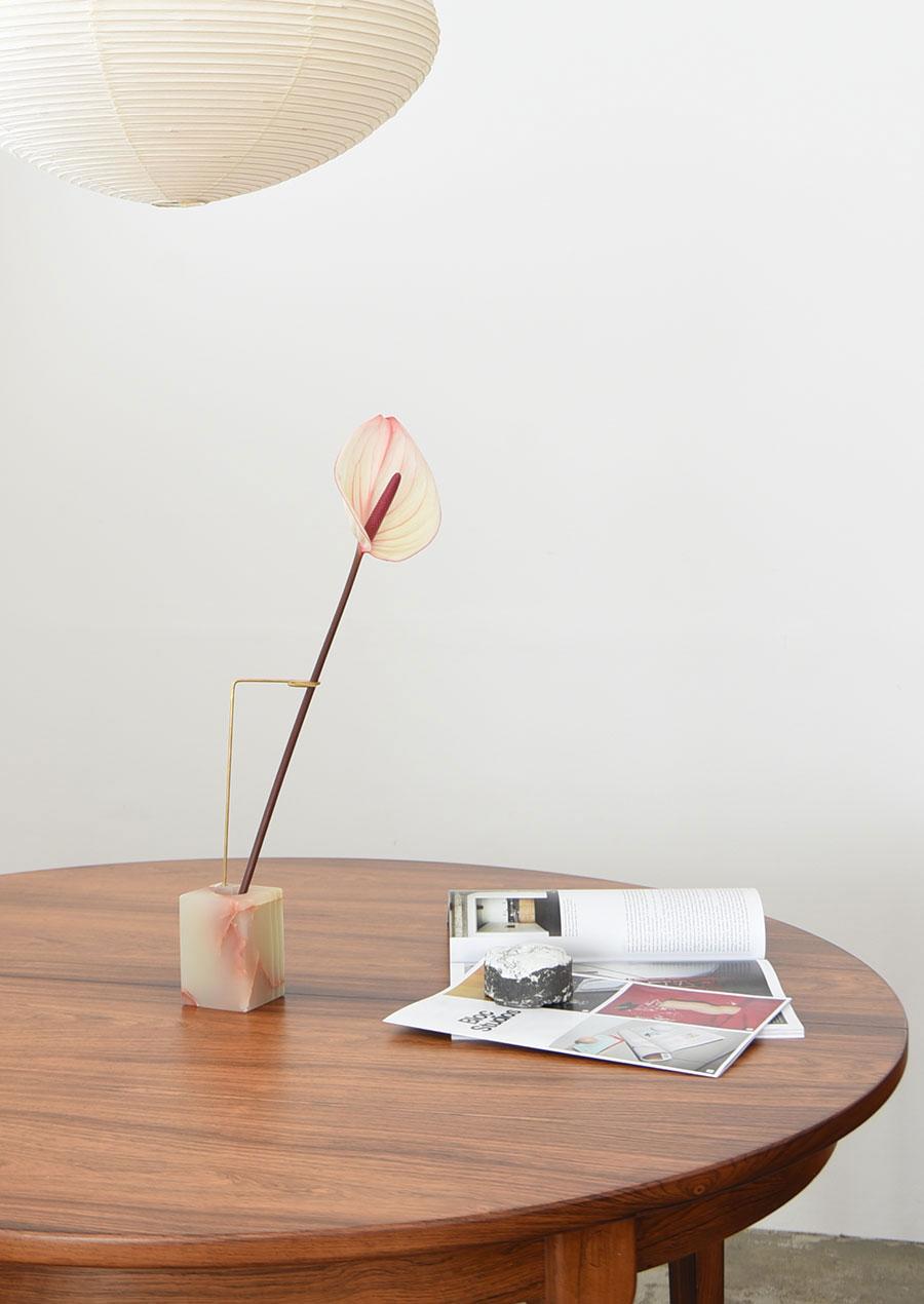 Posture Vase N.1 Green Onyx / Studio Kleiner x Bloc Studios