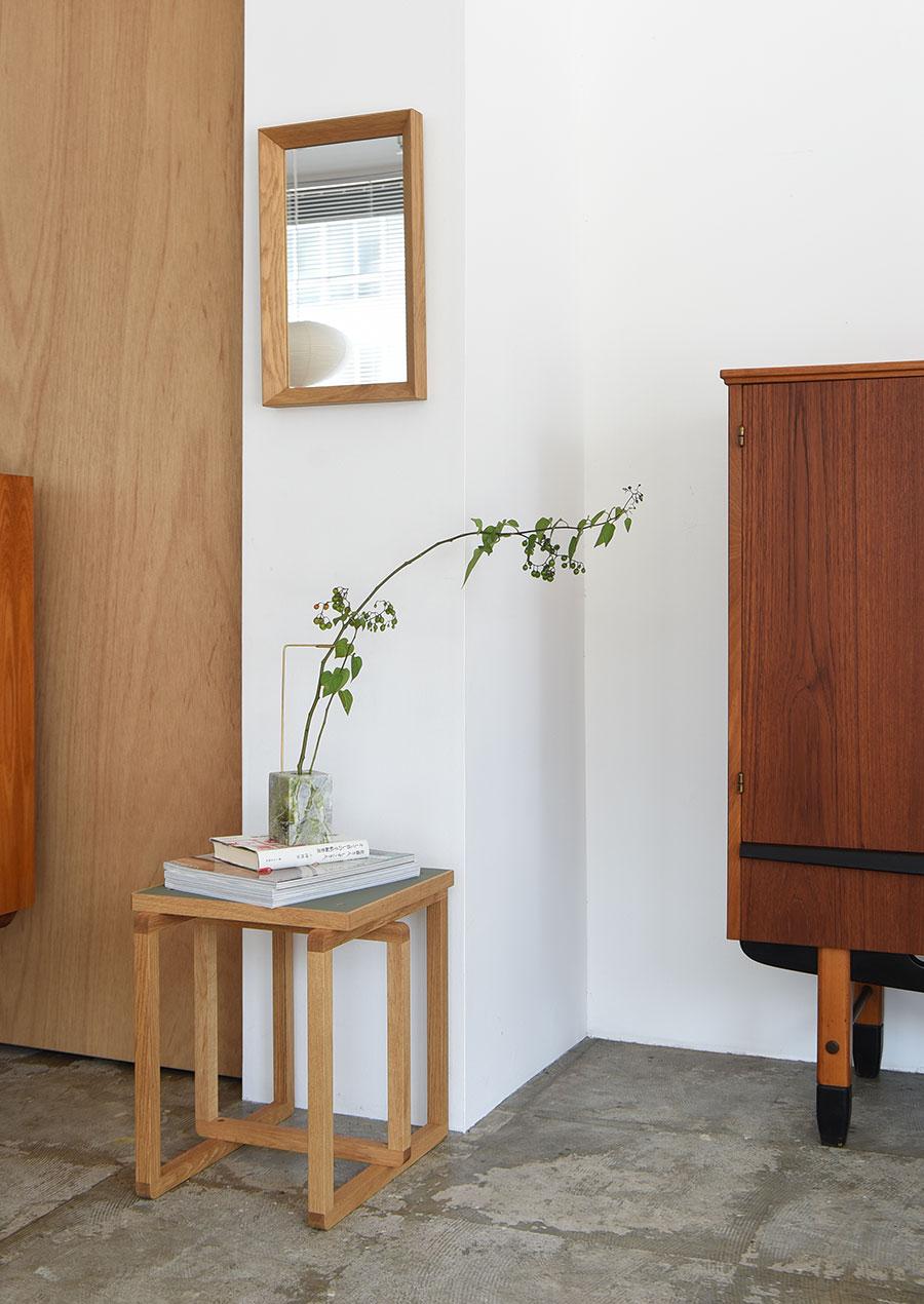 Posture Vase N.1 Green Jade / Studio Kleiner x Bloc Studios