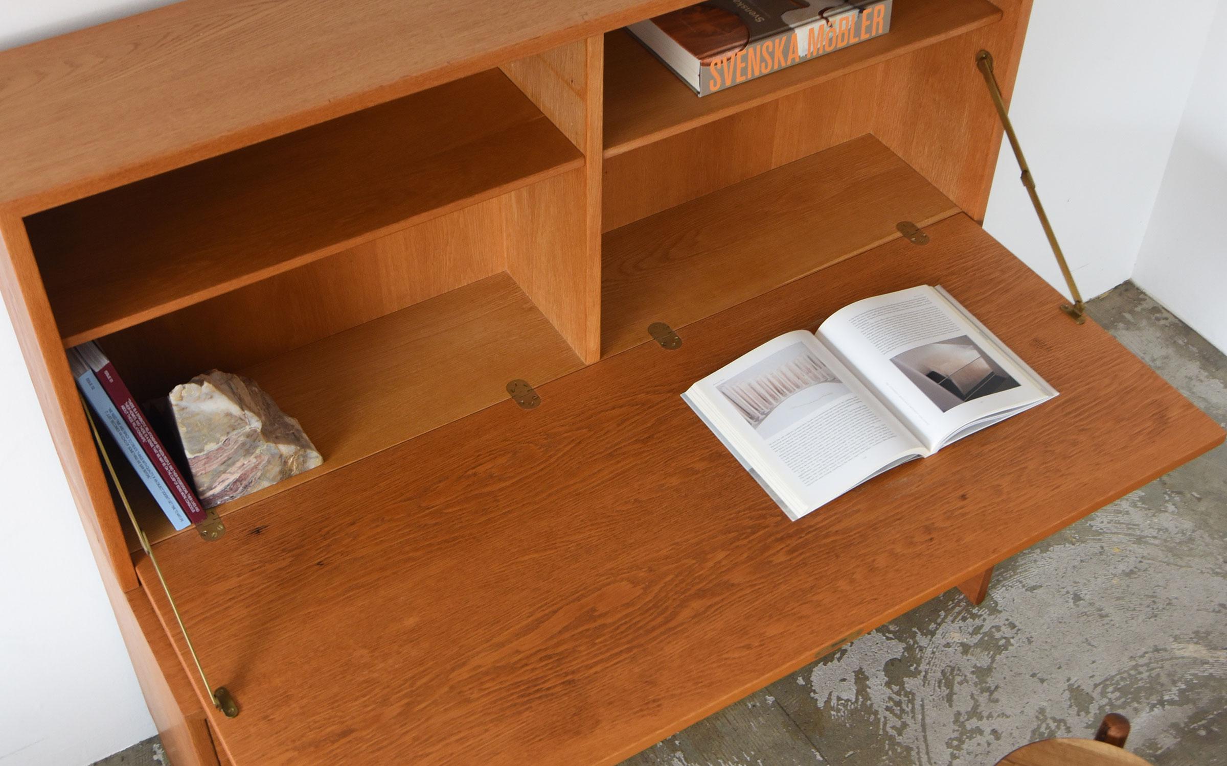 Borge Mogensen Writing Bureau in Oak / Karl Andersson & Söner